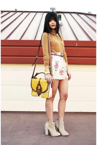 mustard satchel lulus bag - beige asos boots