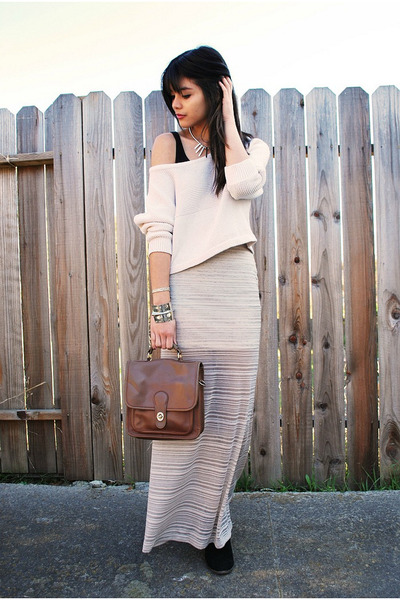 periwinkle maxi Urban Outfitters skirt - black jamison suede Dolce Vita boots