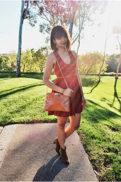 brown dicker suede Isabel Marant boots - brick red lace back Tobi dress
