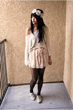 light pink lace H&amp;M shorts - ivory oxfords Forever 21 shoes