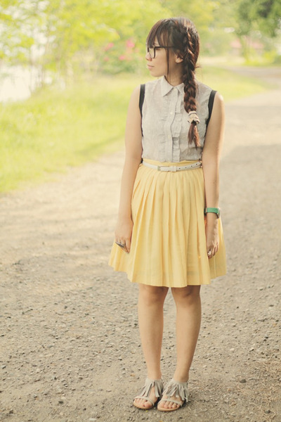 Pleated skirt yellow – Modern skirts blog for you
