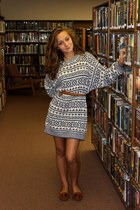 sweater vintage dress - brown American Eagle shoes - pearl earrings
