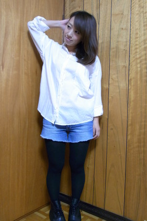 white moussy shirt - black Zara boots - blue a&f shorts