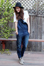 Heather-gray-ankle-boots-boots-black-hat-navy-overalls-american-eagle-pants