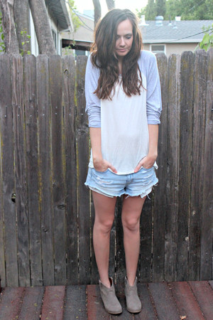 white baseball tee riffraff top - heather gray ankle boots Mossimo boots