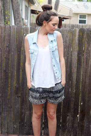 sky blue sears vest - black H&M shorts - white Splendid top