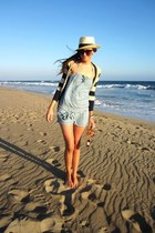 neutral straw Forever 21 hat - navy striped Anthropologie sweater
