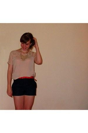 Topshop shorts - H&M belt - H&M bracelet - Topshop ring - banana republic earrin