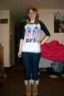 Tan-snow-boots-boots-blue-skinny-jeans-jeans-ivory-forever-21-t-shirt