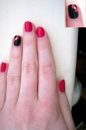 hot pink nail polish Milani accessories - black nail polish accessories - hot pi