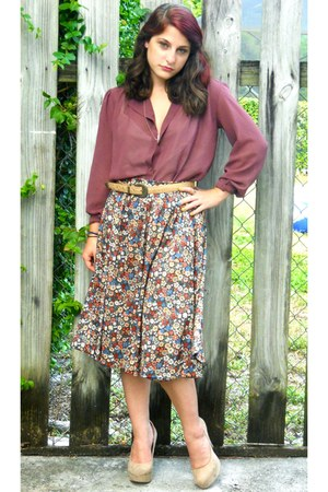 crimson floral skirt thrifted vintage skirt - gold thrifted vintage necklace
