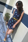 Blue-dress-yellow-unknown-belt-yellow-shoes