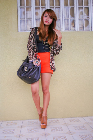 The Ramp shorts - Topshop bag - Zara top - Primadonna wedges