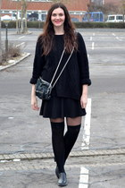 cotton H&M sweater - leather second hand shoes - leather Alexander Wang bag