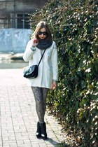 white Zara coat - black Zara boots - black Mango bag