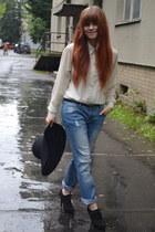 black Deichmann heels - blue New Yorker jeans - cream New Yorker shirt