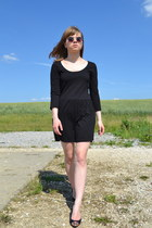 black New Yorker dress - brown Gate sunglasses - black Mango heels