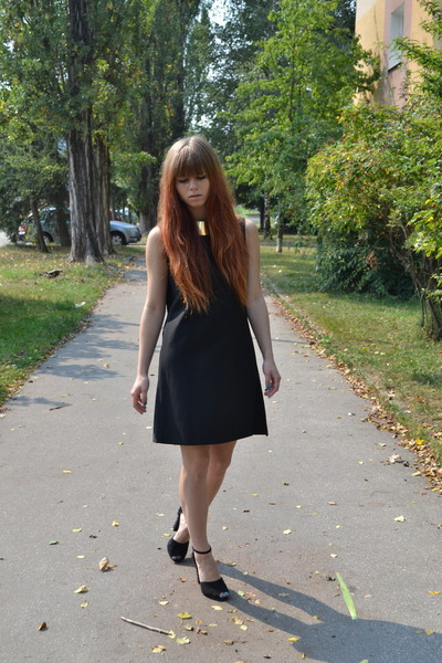 black united colors of benetton dress - black Zara heels - camel H&M necklace