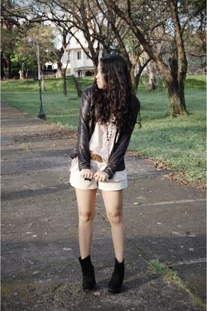 black boots bought online wedges - leatherette own design blazer - Zara shorts