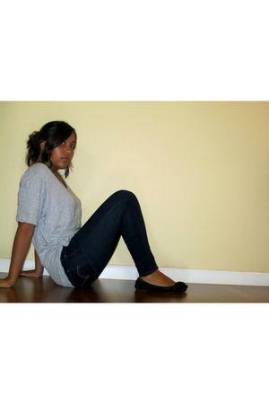 gray Miley Cyrus t-shirt - blue Levis jeans - black payless shoes - Claires earr