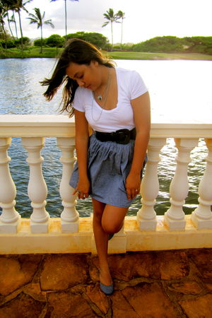 white unknown t-shirt - gray American Apparel skirt - blue kensiegirl shoes - bl