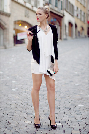 white About Eloise dress - black H&M blazer - ivory vintage bag