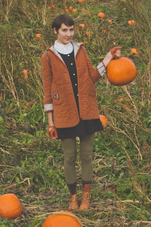 vintage boots - vintage dress - vintage coat - Joe Fresh leggings