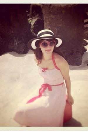 vintage from Ebay dress - kohls hat - Forever 21 sunglasses