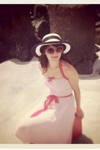 vintage from Ebay dress - kohls hat - Forever 21 sunglasses