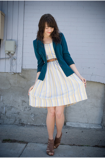 thrifted vintage dress - Forever 21 shoes - thrifted blazer - thrifted belt