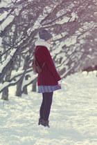 vintage sweater - gift scarf - vintage bag