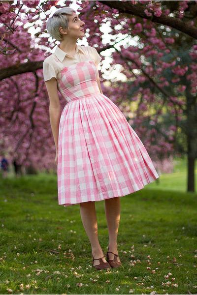 vintage blouse - vintage dress - vintage flats