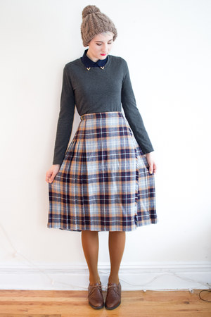 vintage skirt - gift hat - Joe Fresh tights - asos blouse