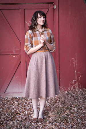 thrifted vintage skirt - thrifted vintage shirt - H&M tights