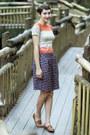Vintage-shirt-vintage-sandals-skirt
