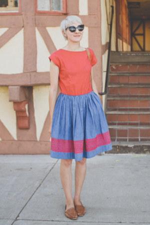 vintage shoes - vintage dress