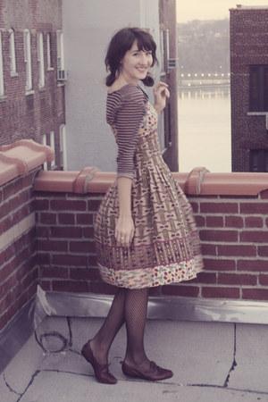 Forever 21 dress - Ross tights - Zara blouse - vintage flats