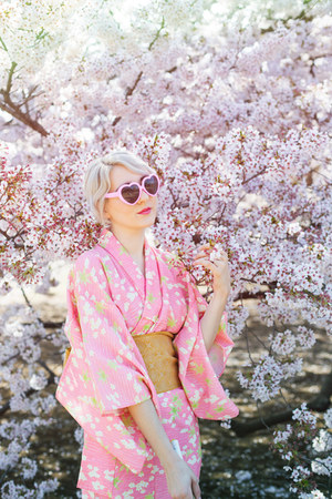 bubble gum kimono vintage dress - bubble gum thrifted sunglasses
