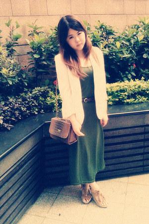 bag - dress - coat - belt - heels
