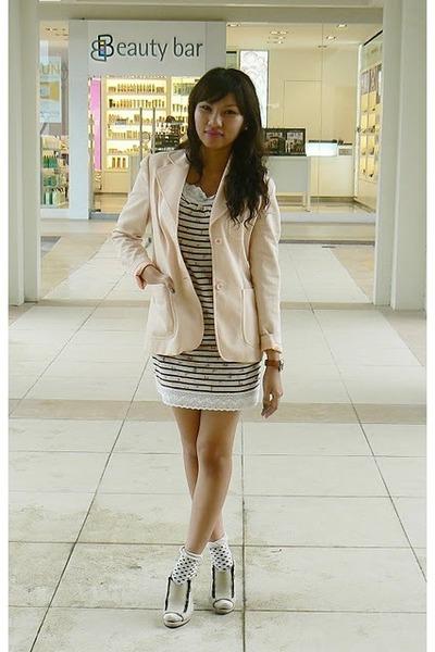 Tsumori Chisato dress - g2000 blazer - sm department store socks - Substance hee