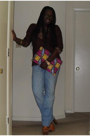 boyfriend jeans H&M jeans - brown caftan unknown brand shirt - oversize clutch D