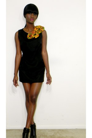 simple lbd Ikedels House of Fashion dress