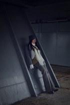 gray Zara hat - charcoal gray Eobuv boots - heather gray more & more coat