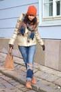 Carrot-orange-suede-weinbrenner-boots-gold-zara-coat-navy-denim-zara-jeans