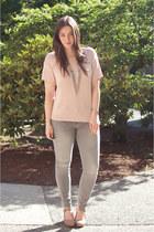 light pink short sleeve H&M sweater - silver grey skinny Gap jeans