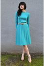 Blue-vintage-dress-beige-vintage-charter-club-shoes