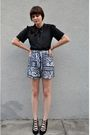 Black-hat-pink-shirt-black-vintage-shorts-white-vintage-shoes-white-fore