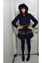 black vintage blouse - black thrifted skirt - black vintage hat - black H&M tigh