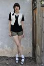 White-vintage-vest-black-bdg-blouse-green-lux-shorts-white-socks-green-n