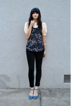 blue vintage scarf - beige vintage blouse - black volcom shirt - black American 